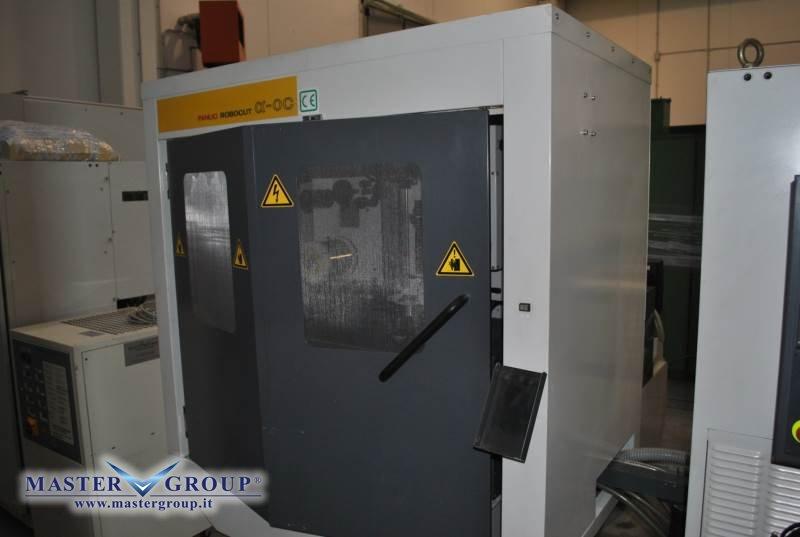 ELETTROEROSIONE A FILO CON INFILAGGIO AUTOMATICO - USATA - FANUC - ROBOCUT ALFA - 0C