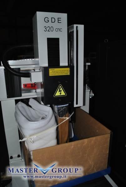 MICROFORATRICE CNC - NUOVA -  CDM ROVELLA - DF 320 CNC