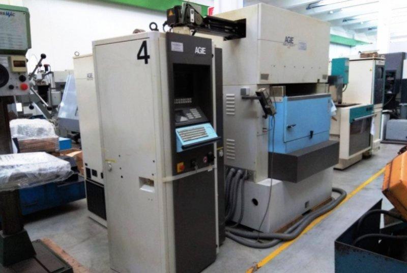 ELETTROEROSIONE A FILO CON INFILAGGIO AUTOMATICO - USATA - AGIE - AGIECUT 250 SF