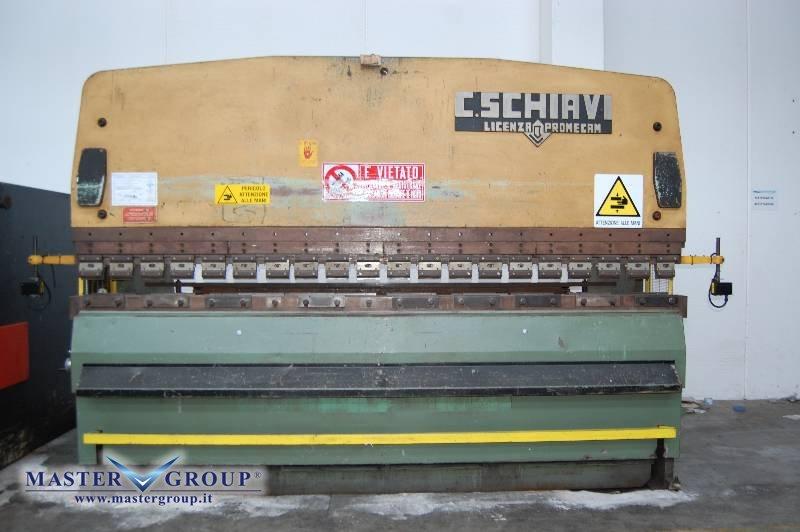 SCHIAVI - RG 204