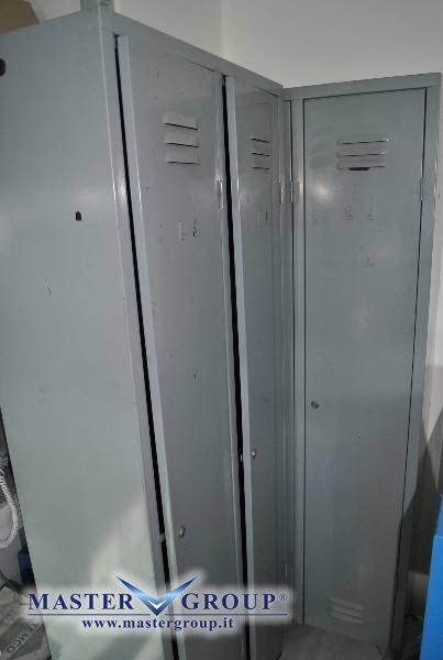 Armadio Spogliatoio In Metallo Usato.Scheda Tecnica Varie Arredo Officina Armadietto Spogliatoio
