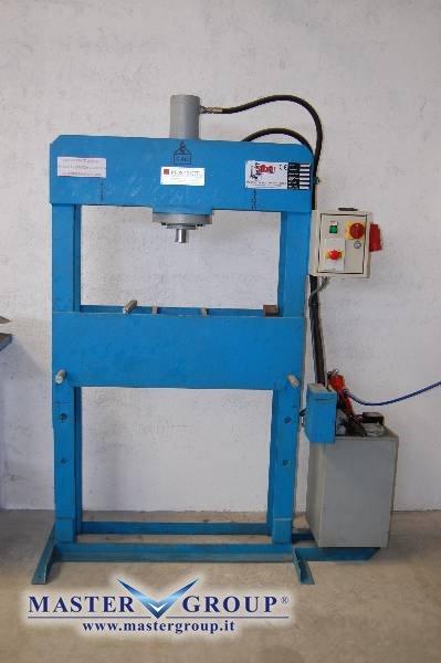 Scheda tecnica sicmi pss 40 usato for Vendita presse usate